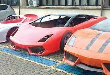 Polícia quebra esquema de falsificação de carros esportivos de luxo