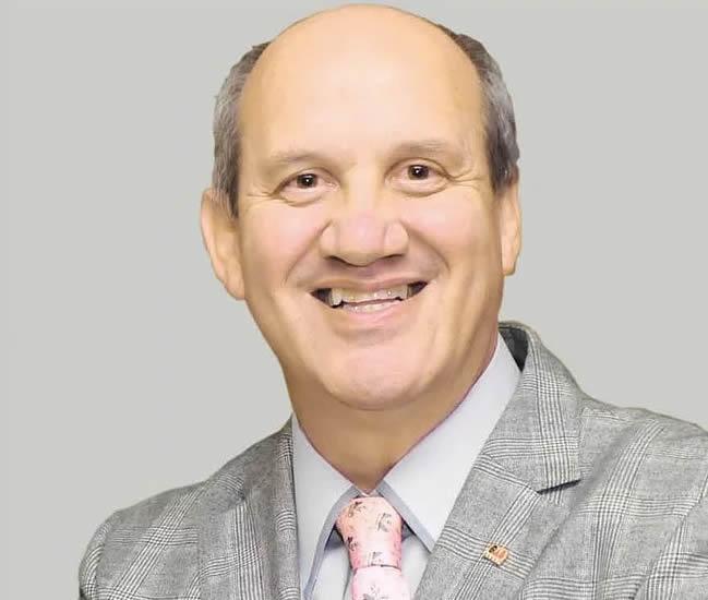 Walter Estevam